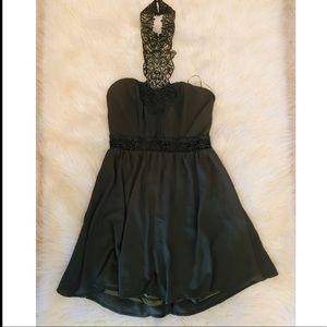 [Lulumari] 👗Olive Green Lace Choker Midi Dress 👗
